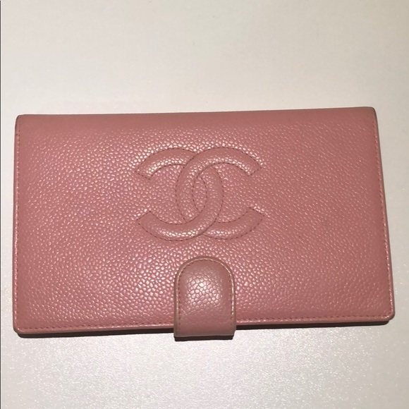 CHANEL Bags   Authentic Channel Cc Caviar Leather Bifold Wallet ... a798668cd73